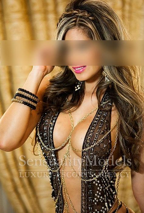 escort-lujo-cristiane-marbella03