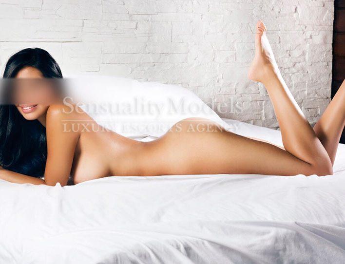 sasha escort desnuda