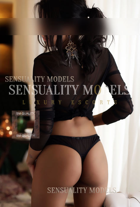 Sensual Nature convey my curves perfectly and eroticism
